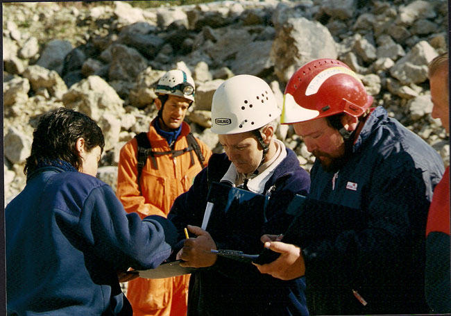 P.H.ELORRIO 2002