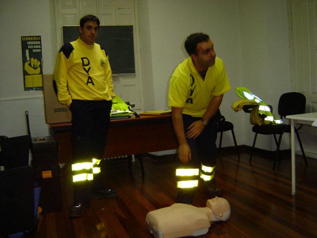 Curso Primeros Auxilios 2004